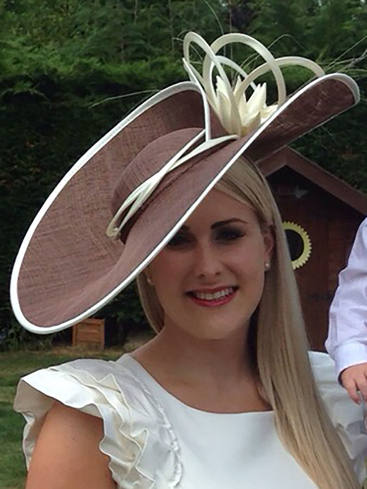Hat Hire for the Newmarket Races (2)